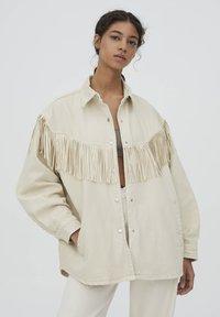 PULL&BEAR - MIT FRANSEN - Denim jacket - mottled beige - 0