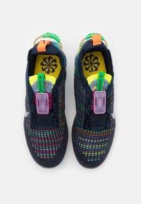 Nike Sportswear - AIR VAPORMAX 2020 FK UNISEX - Sneakers - deep royal blue/white/multicolor - 3
