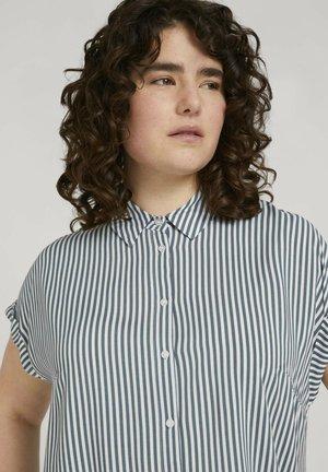 SHORT SLEEVE - Button-down blouse - jasper white vertical stripe