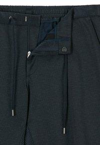 BOSS - Pantaloni eleganti - dark blue - 5