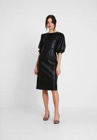 Monki - CHERIE DRESS - Freizeitkleid - black - 2