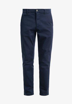 ORTA PANTS - Chino kalhoty - dark navy