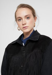 Levi's® Made & Crafted - LMC THE RANCH HANDLER - Veste en jean - black/grey - 3