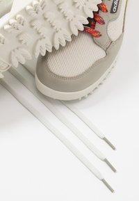adidas Originals - CONTINENTAL 80 BAARA - Sneakers - sesame/orbit grey /core black - 5