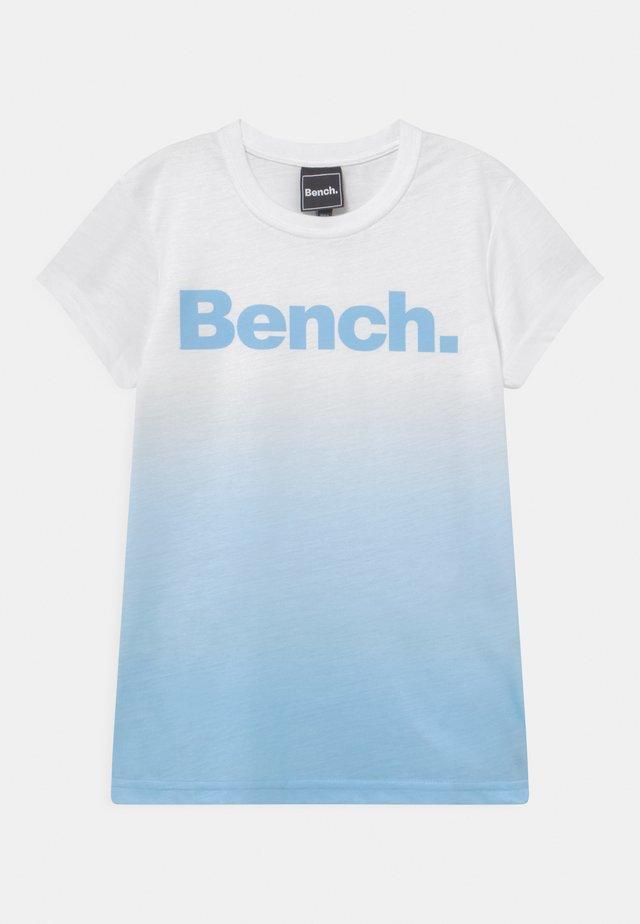 CASSIA - T-shirt imprimé - white/sky
