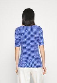 Lauren Ralph Lauren - JUDY ELBOW SLEEVE - Print T-shirt - sapphire star/white - 2