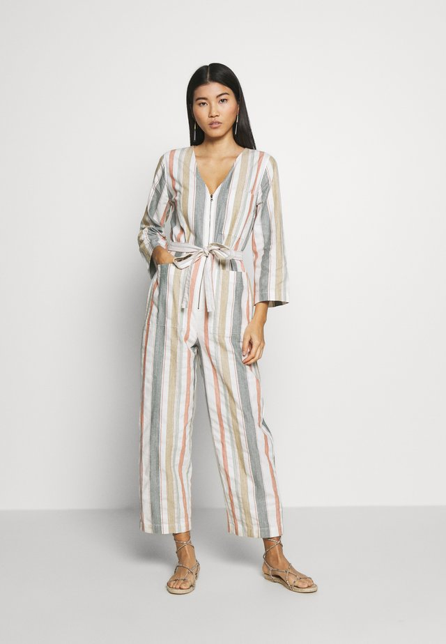 TIE WAIST ZIP FRONT - Jumpsuit - rusted tin