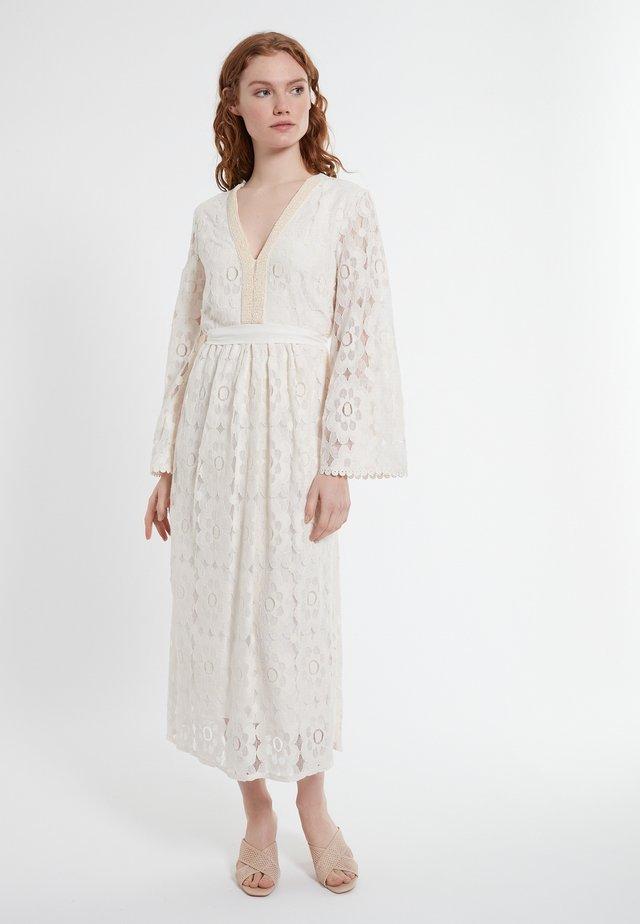 DANICELLA - Korte jurk - offwhite