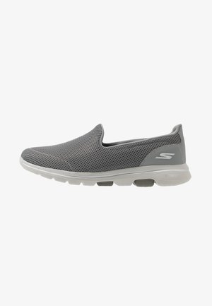 GO WALK 5 - Walking trainers - gray