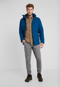 YETI - AKKARVIK BONDED JACKET - Down jacket - arctic night - 1