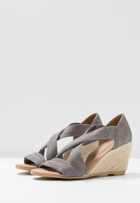 Office Wide Fit - MAIDEN WIDE FIT - Wedge sandals - grey - 4