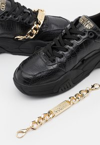 Versace Jeans Couture - Sneakers basse - black - 5