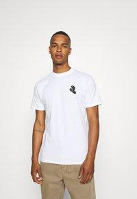 Santa Cruz - UNISEX CONTRA HAND MONO - Print T-shirt - white - 2