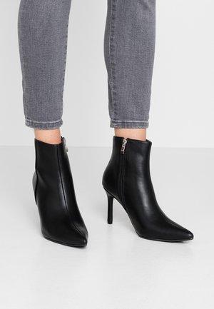 POINTY STILETTO - Kotníková obuv na vysokém podpatku - black