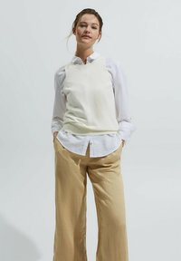 Esprit - Trousers - sand - 3