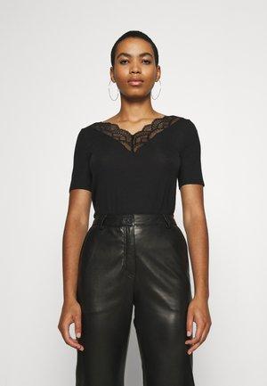 VMAVA  V NECK - Print T-shirt - black