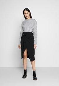 Topshop Tall - SPLIT BACK CUT AND SEW - Pullover - grey - 1