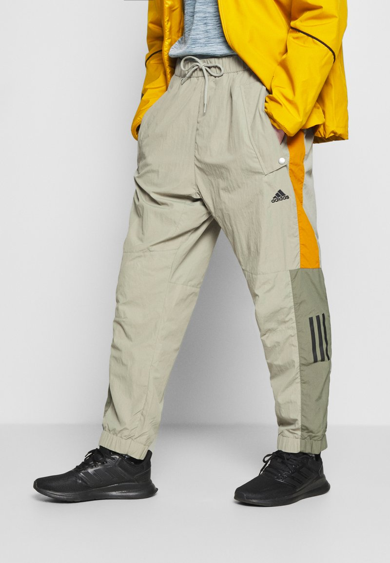 adidas Performance - MUST HAVES ENHANCED SPORTS  - Jogginghose - feather grey