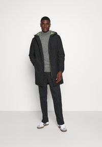 Jack & Jones - JCOWAY PARKA - Winter coat - black - 1