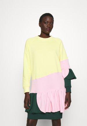 HARD CANDY DRESS - Jurk - green/pink/yellow