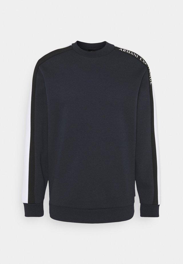 Long sleeved top - navy/white/black