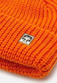 Obey Clothing - MICRO BEANIE UNISEX - Beanie - carrot - 3