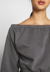 Nly by Nelly - OFF SHOULDER - Sweatshirt - off black - 5