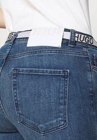 HUGO - CHARLIE CROPPED - Jeans Skinny Fit - bright blue - 5