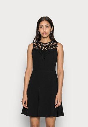 BUST SKATER DRESS - Koktejlové šaty/ šaty na párty - black