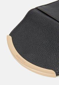 See by Chloé - Lizzie mini wallet - Peněženka - black - 3