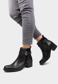 Eva Lopez - Classic ankle boots - noir - 0