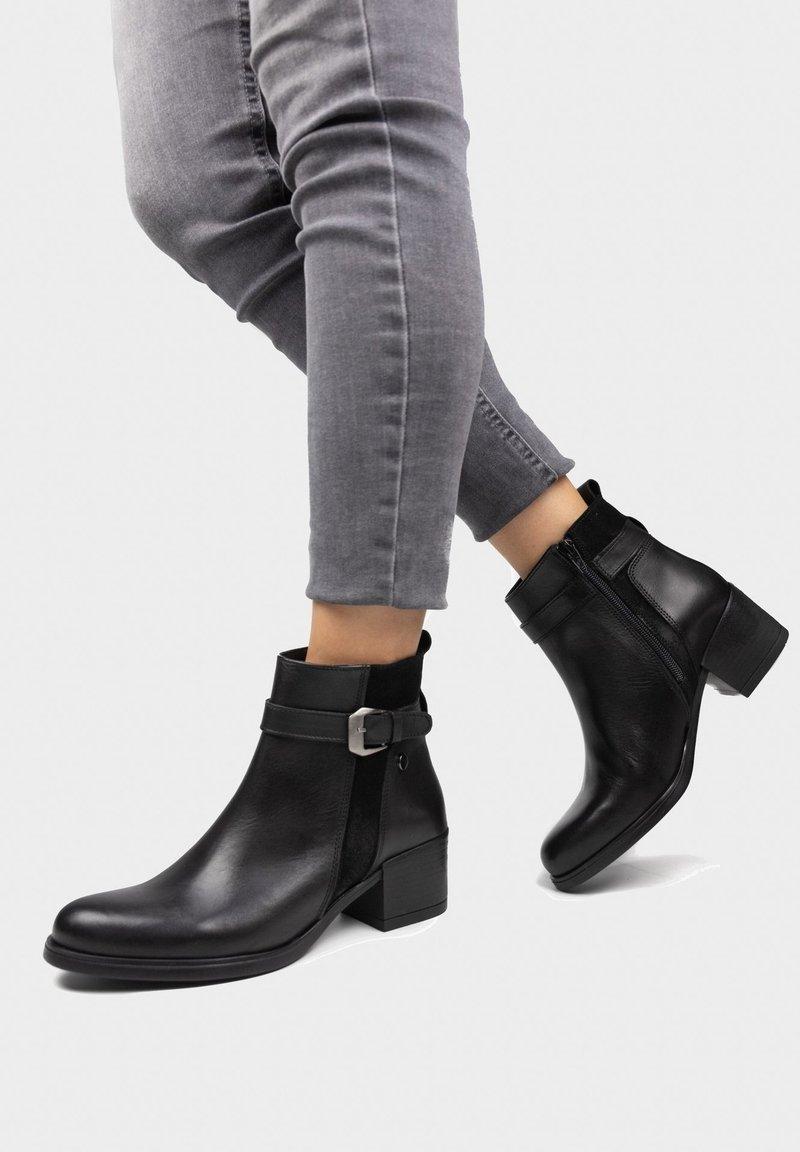 Eva Lopez - Classic ankle boots - noir