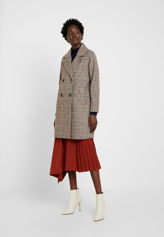 CHECKED DOUBLE BREASTED - Classic coat - multi-coloured