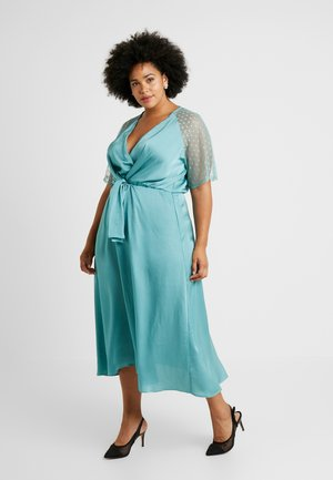 EXCLUSIVE SACHITA MAXI - Cocktailjurk - native green