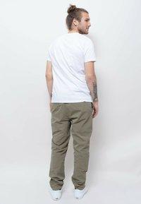 Wemoto - Print T-shirt - white - 2