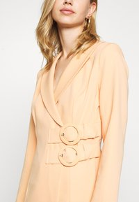 4th & Reckless - JESSIE DRESS - Cappotto corto - orange - 5