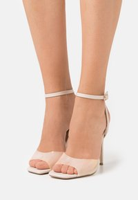 Missguided - CLEAR DETAIL ANKLE STRAP - Sandals - cream - 0