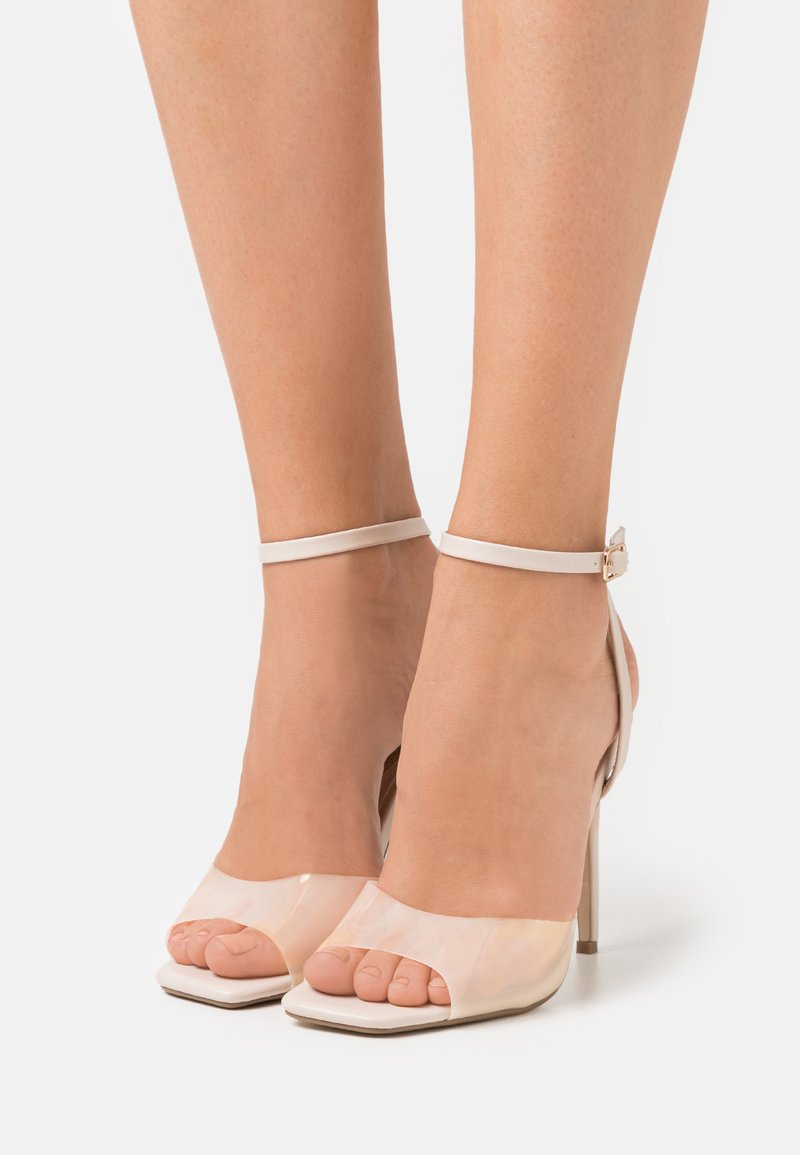 Missguided - CLEAR DETAIL ANKLE STRAP - Sandals - cream