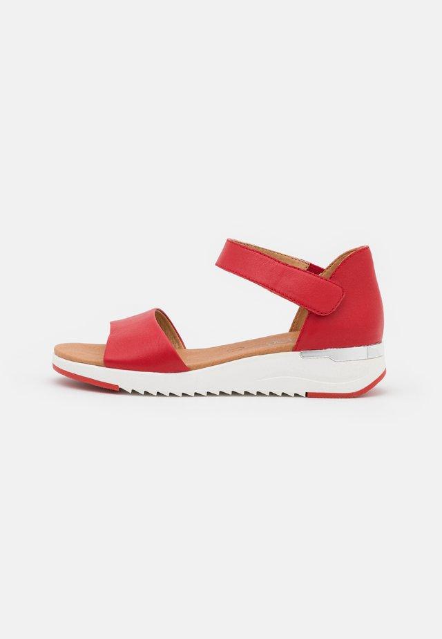 Sandaler m/ kilehæl - red