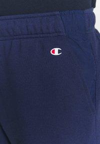 Champion - LOGO BERMUDA - Pantalón corto de deporte - dark blue - 4