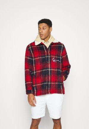 CHEST SIGNATURE SHIRT JACKET UNISEX - Light jacket - black