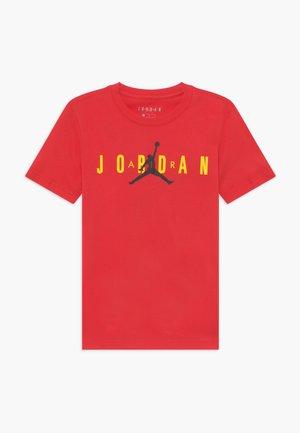 SPORT DNA CREW - Print T-shirt - red