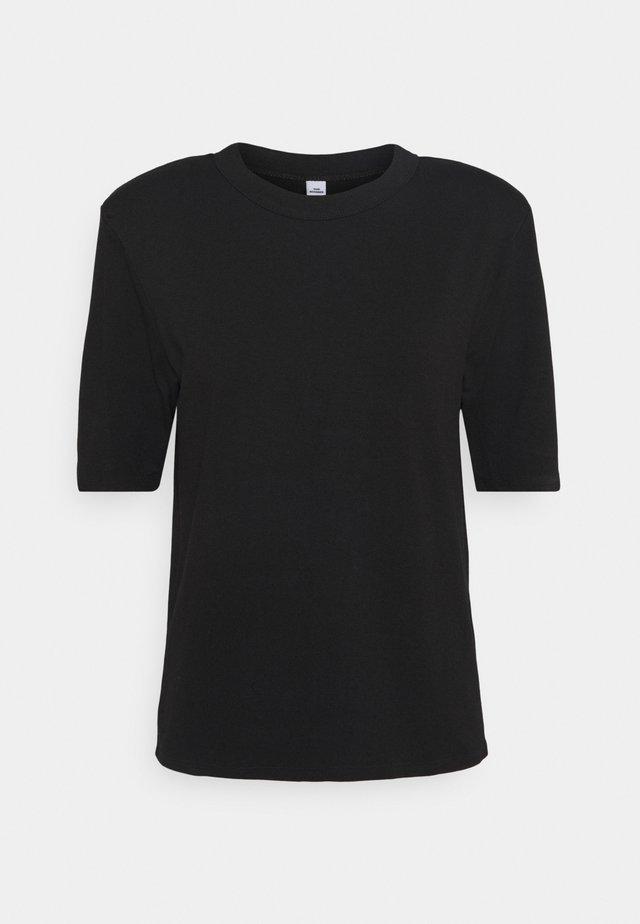 CORA - Jednoduché triko - black