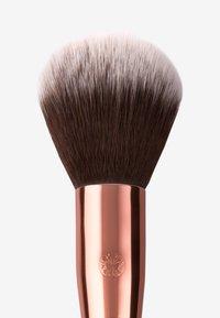 Luvia Cosmetics - POWDER BRUSH - Pennelli - nude - 2
