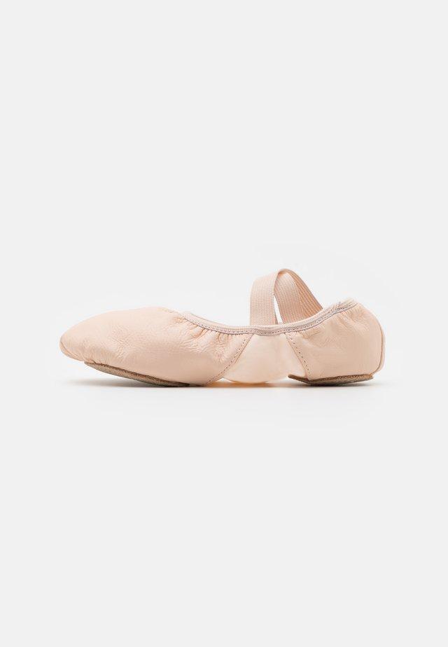 HANAMI BALLET - Dance shoes - light pink