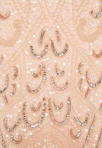 SISTA GLAM PETITE - FLORY - Společenské šaty - nude - 2