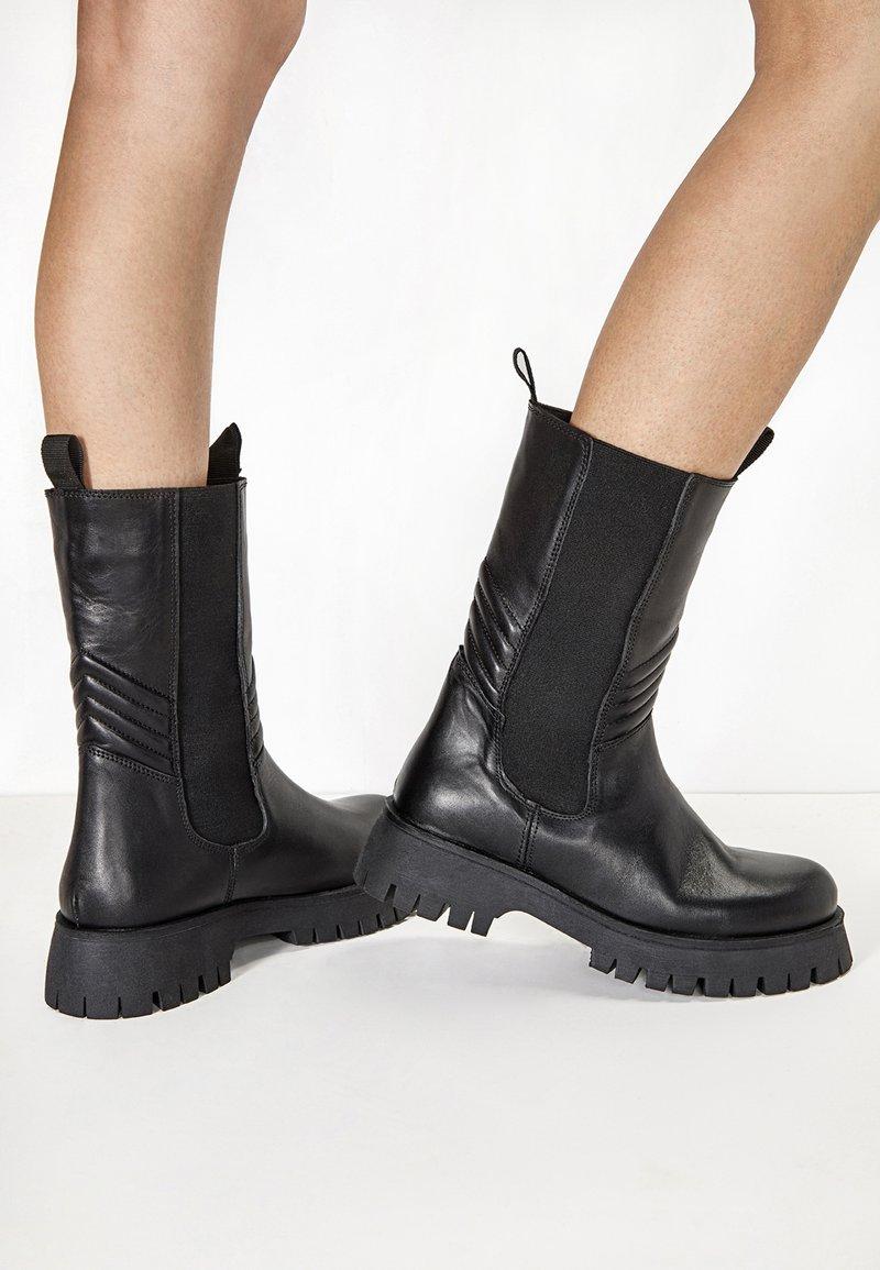 Inuovo - Boots - blackblk