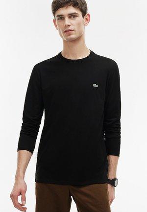 TH6712 - Long sleeved top - black