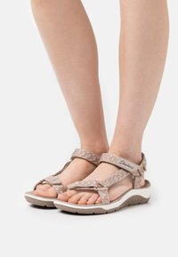 Skechers - REGGAE CUP - Sandals - taupe - 0