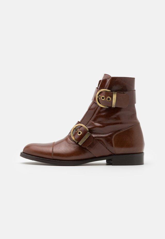 DLASS - Classic ankle boots - cognac
